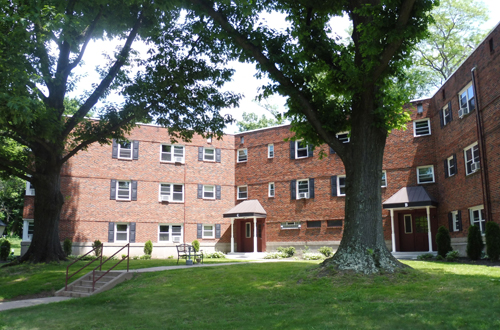 Just Closed Garden Style Apartment Community In Doylestown